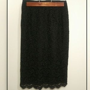 Talbots Embroidered pencil skirt size 4 petite